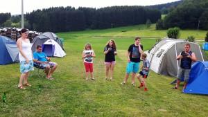 2. Kinder- und Jugendtag mit Lagerfeuer und Zelten
