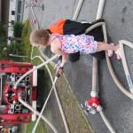 Besuch des Kindergarten bei der Feuerwehr am 23.07.2015